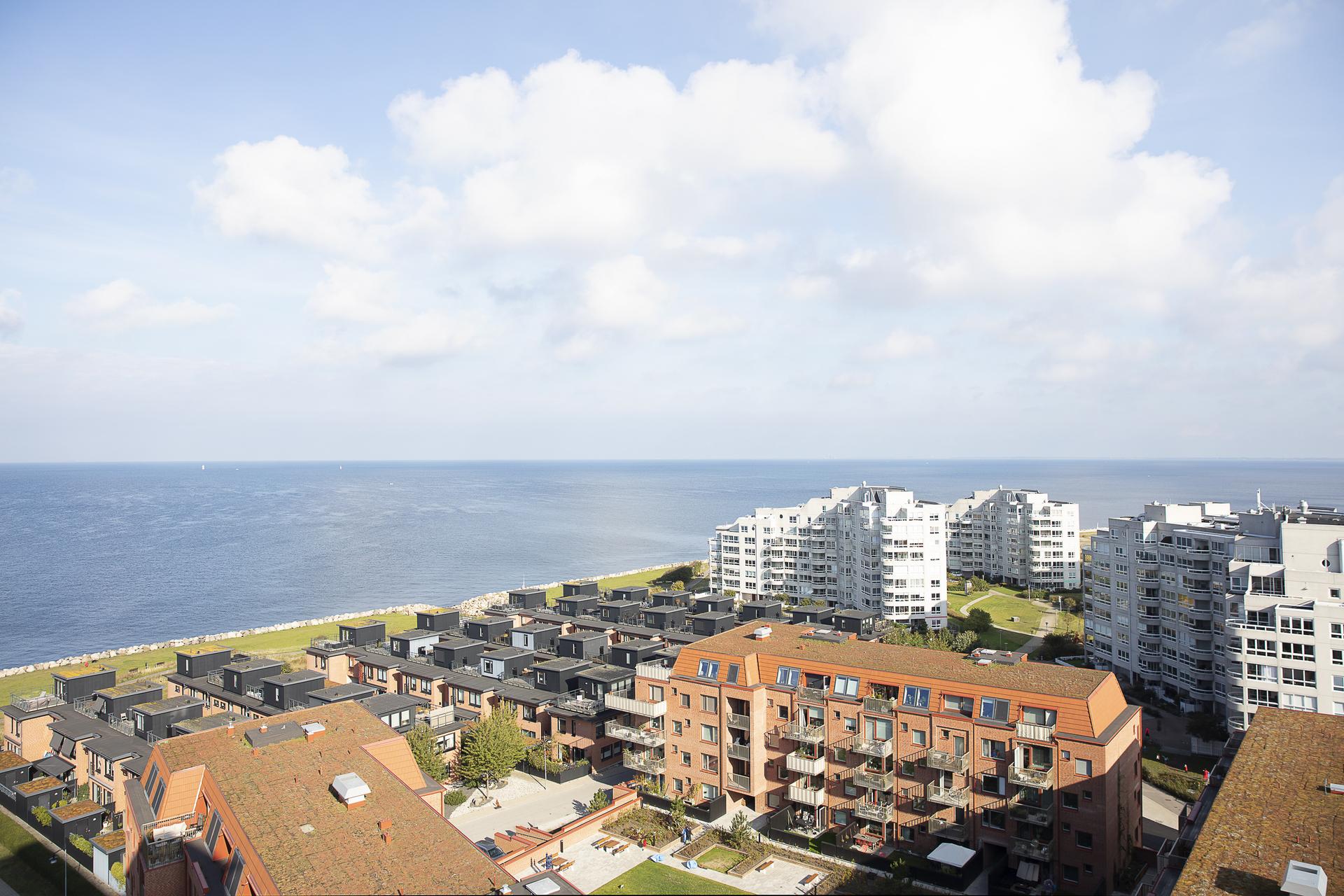... åt andra hållet med utsikt ut mot Öresund