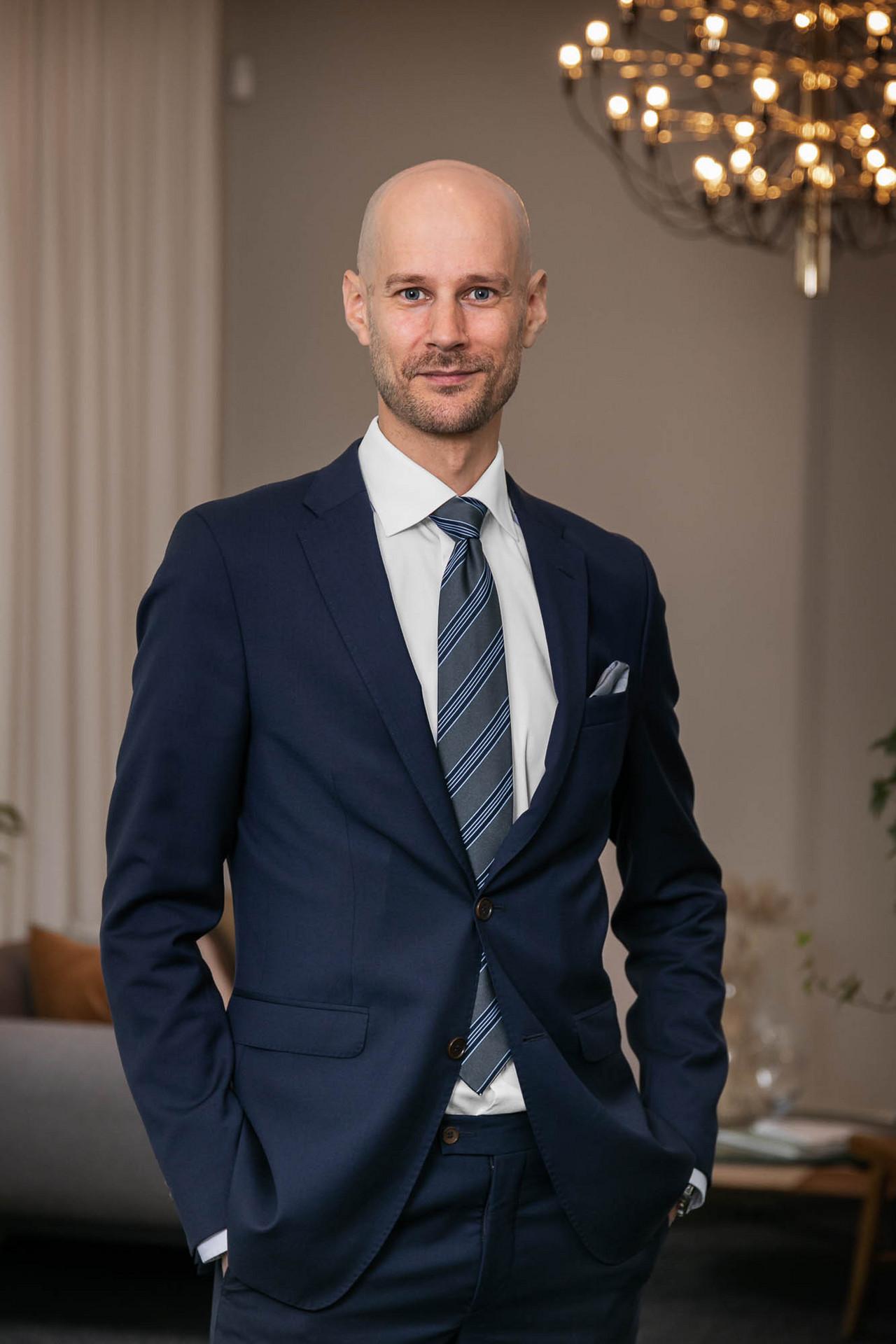 Tobias Aasa